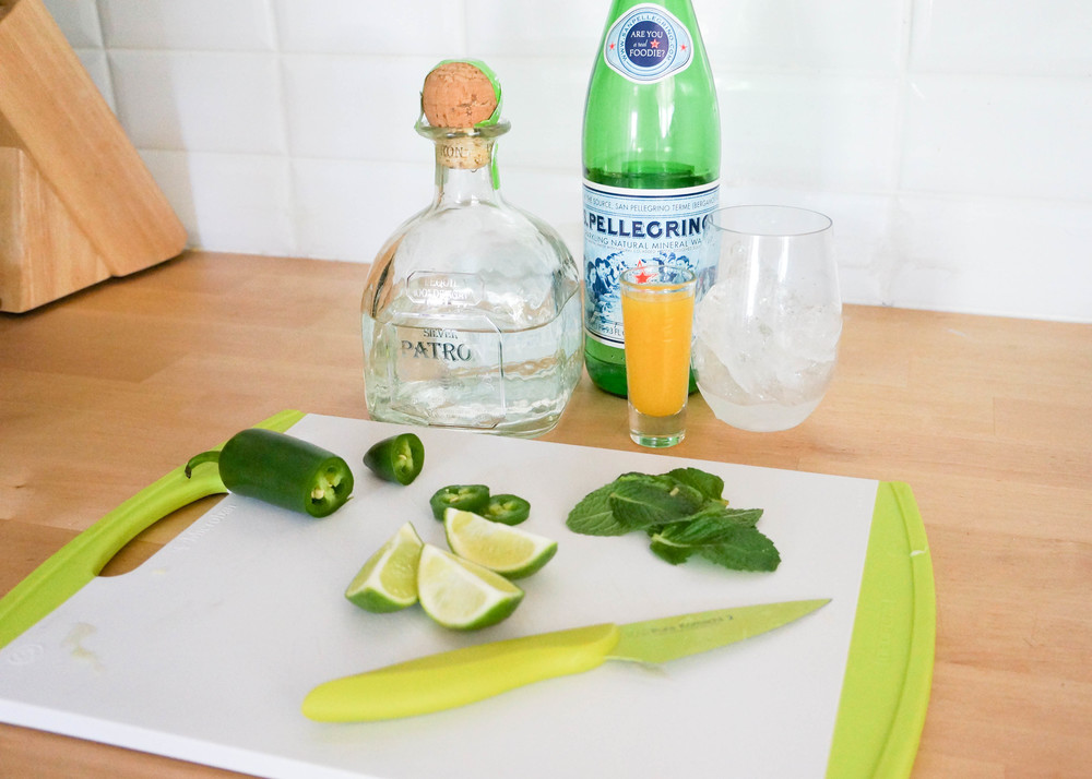 Ingredients: -1 cup simple sugar -8 to 10 fresh mint leaves -3 lime wedges -2 slices jalapeno (with seeds) -1 1/2 ounces Patron Silver -1 ounce mango nectar (about 2 tablespoons) -about 2 ounces sparkling water -2 cups of ice