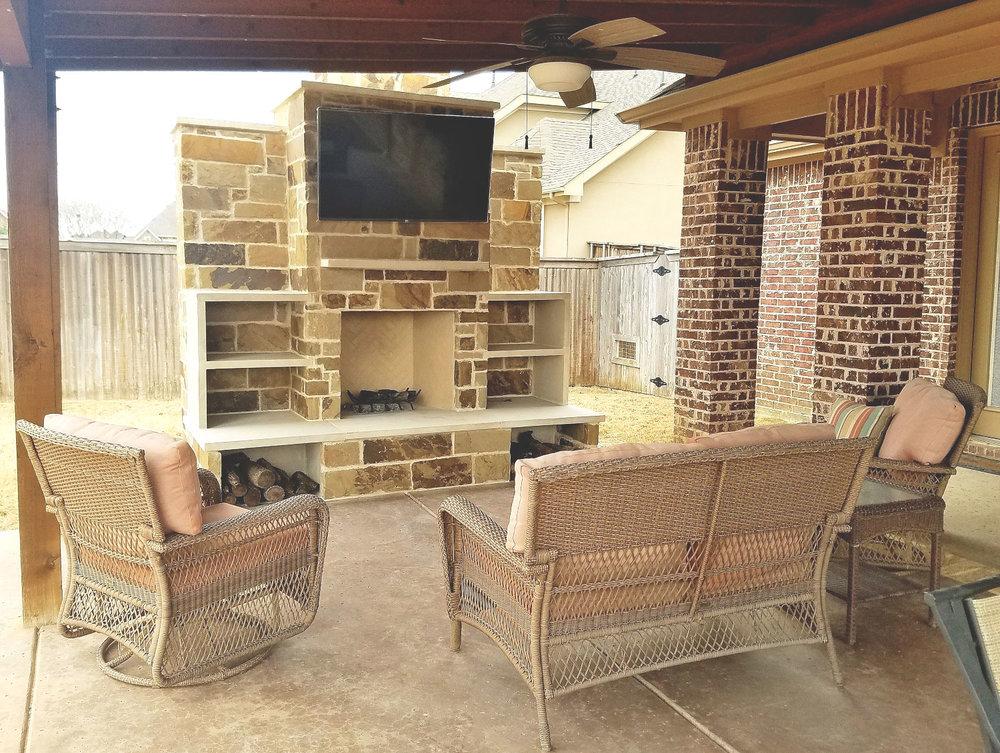 Keller Fireplace With Leuders Stone Storage