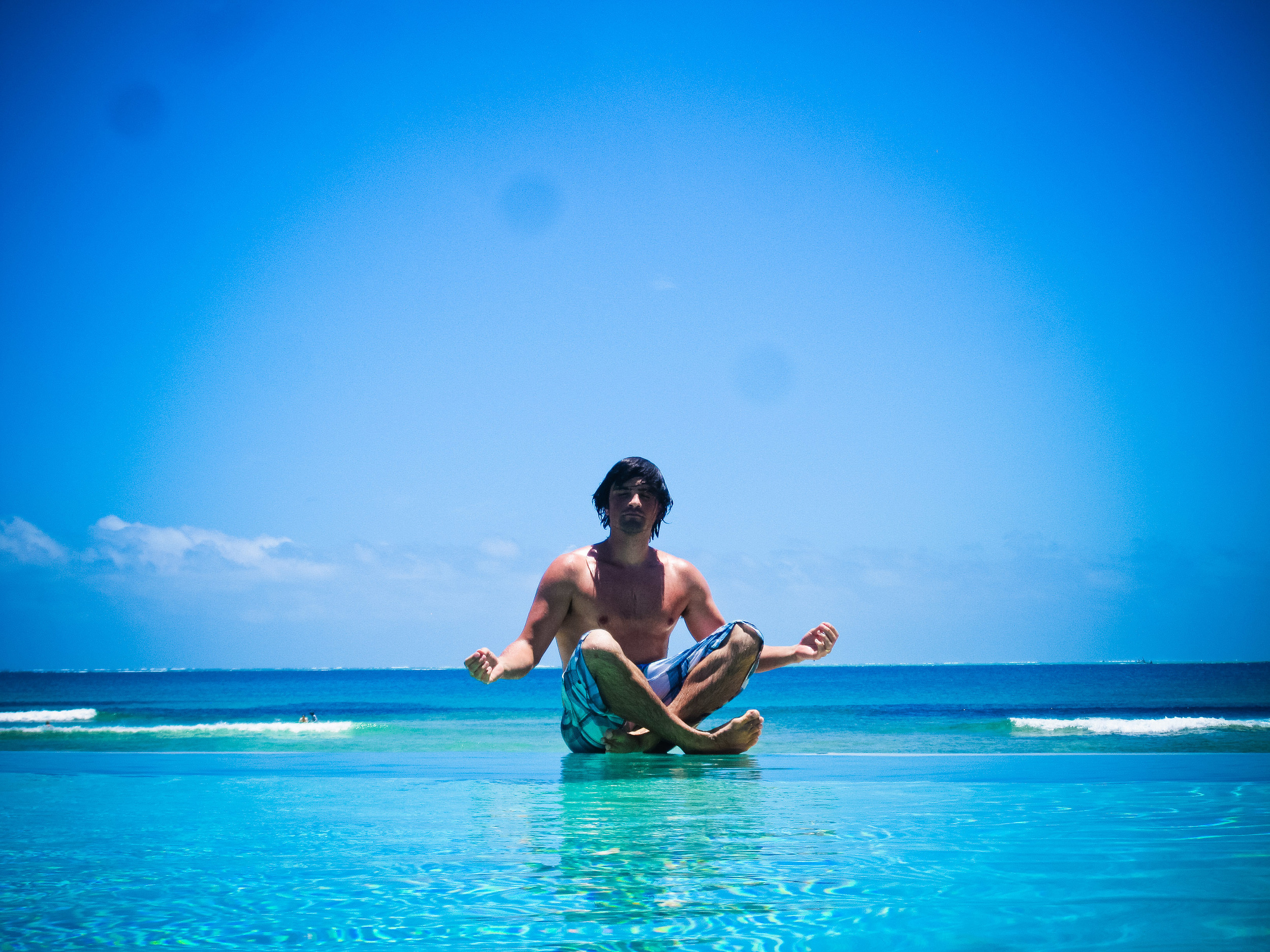 donny in the alue infinity pool