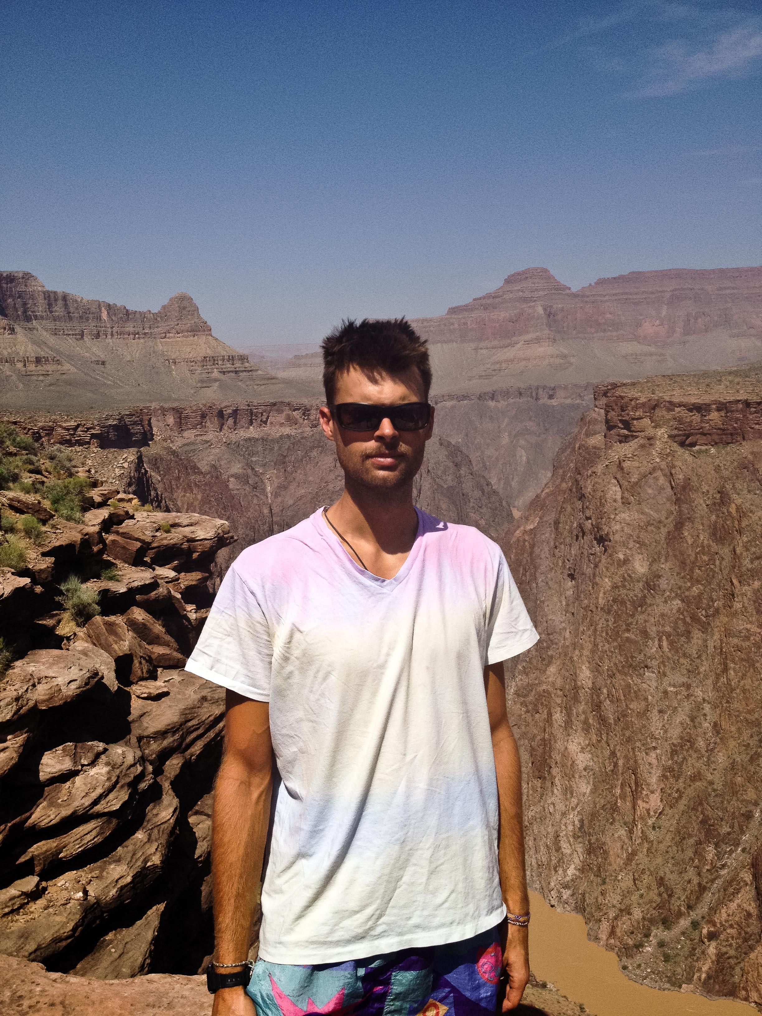 grand canyon alue six matte noir