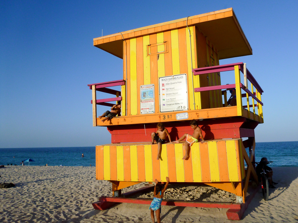 see-the-world-miami-beach-alue-optics.jpg
