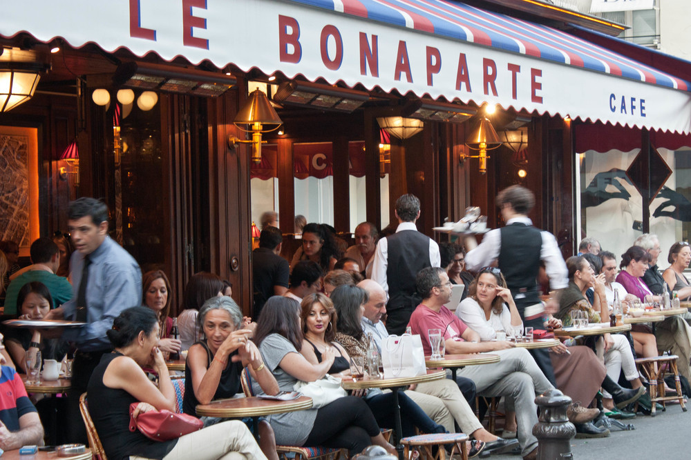 alue-optics-le-bonaparte-cafe-paris.jpg