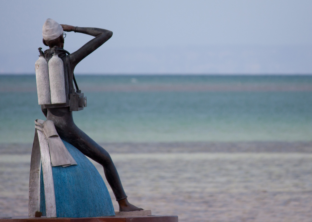 Jacques Cousteau statue.