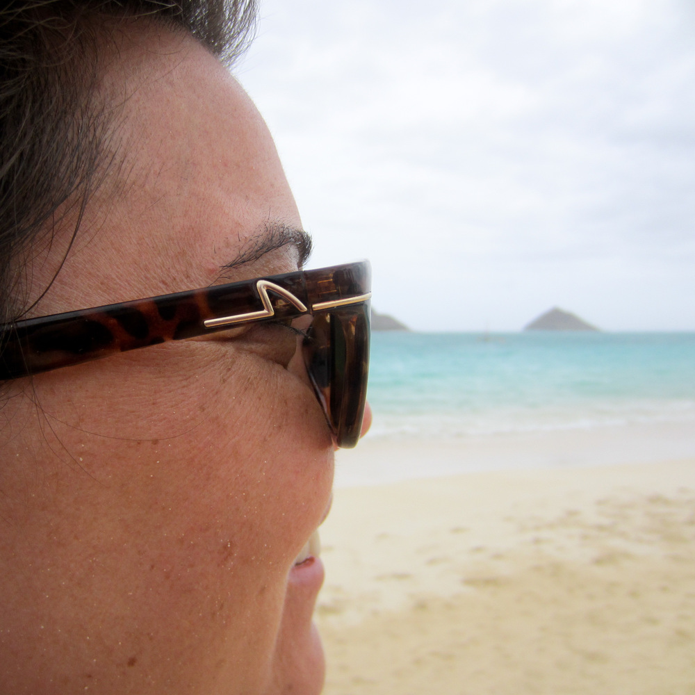 mollie-alue-optics-six-hawaii.jpg