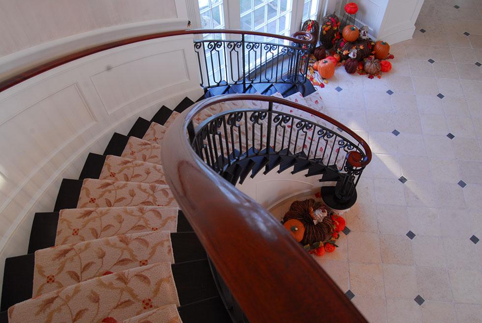 Int---Stair-2.jpg