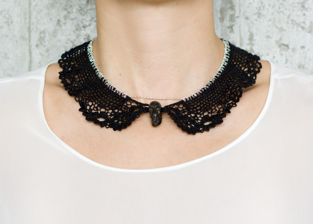 Stitched collar necklace (SOLD OUT)