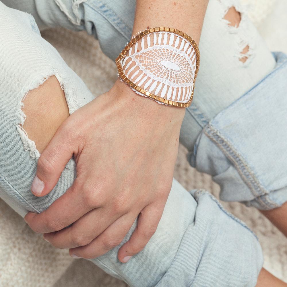 Insula bracelet (details here)