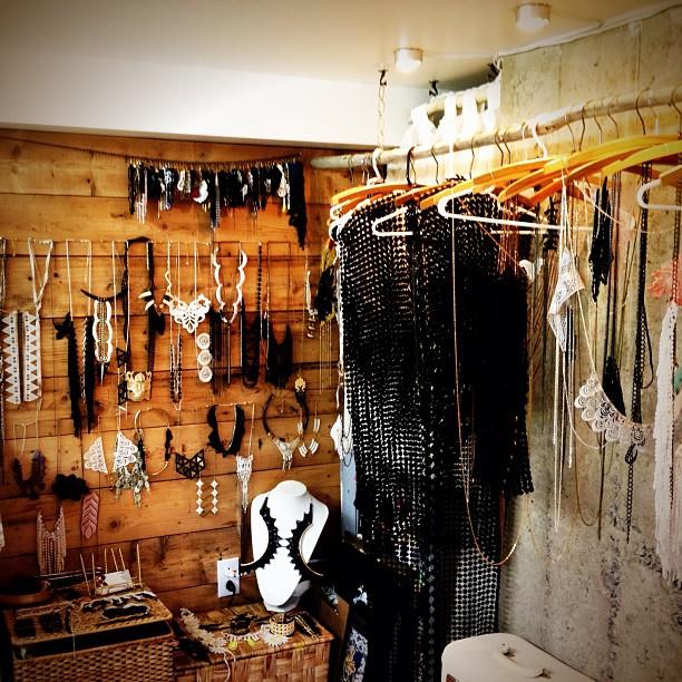 nguyentht :     L'#atelier de @thisilk #modemtl #thisilk #jewelry #accessory #fashion #lace