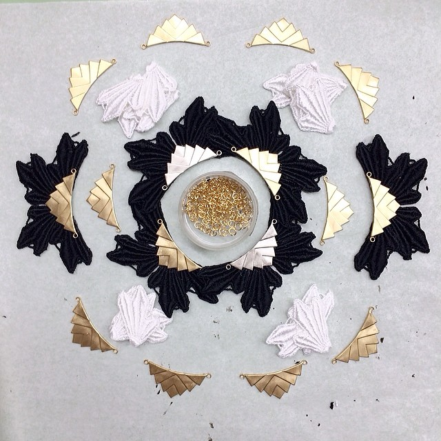 Work-in-progress-art-003 #mandala #lace #workshop #jewelry #handmade #makingof #montreal