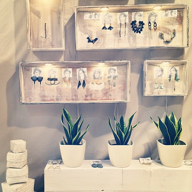 Peak at our mini shop @ooak_toronto #ooaks14 #boothH24 #lace #jewelry #handmade #tryptique #snakeplant #montreal #madeinMontreal #shoplocal #Toronto #canadianfashion
