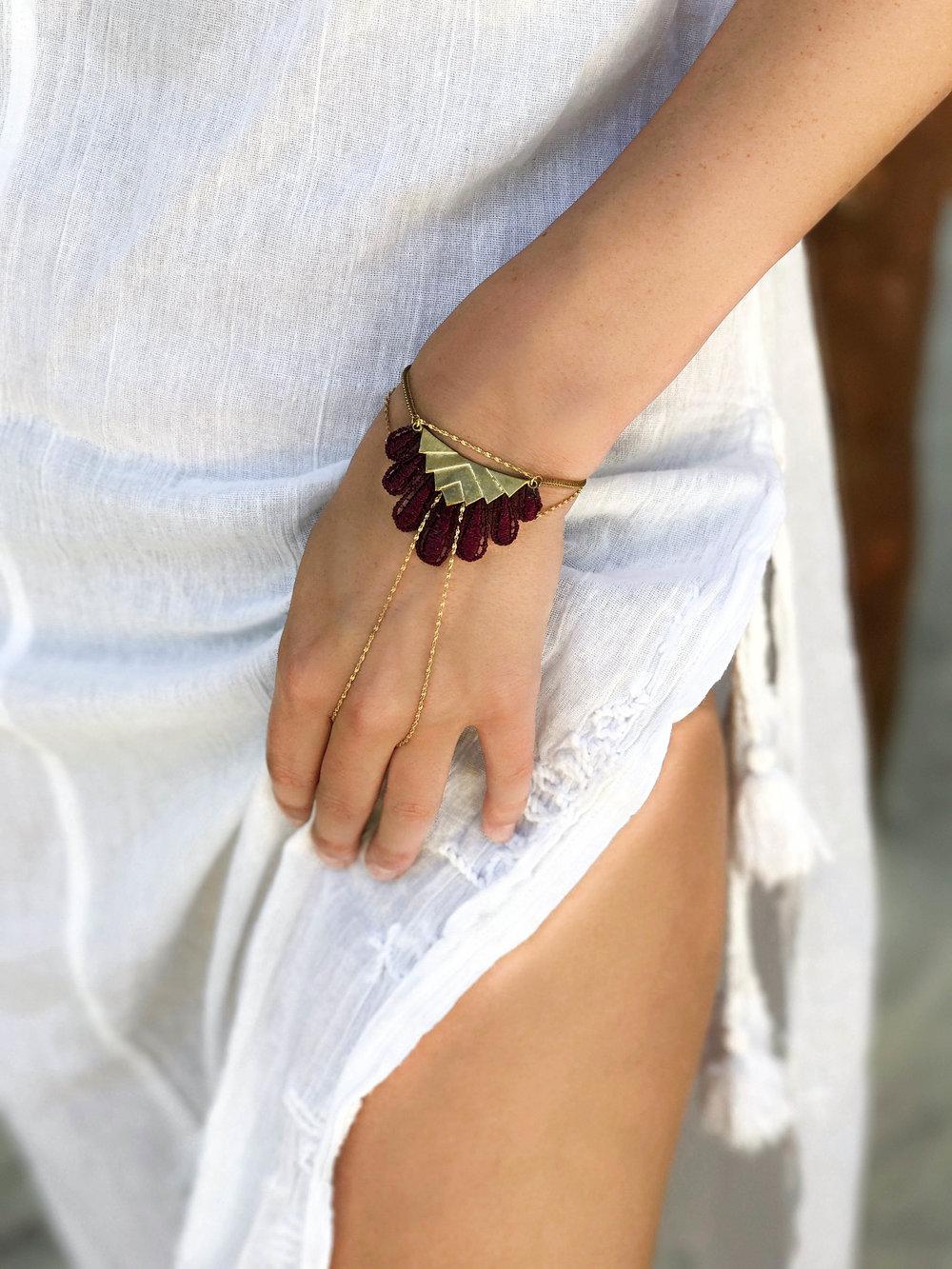 Hikuli bracelet (click here for details)