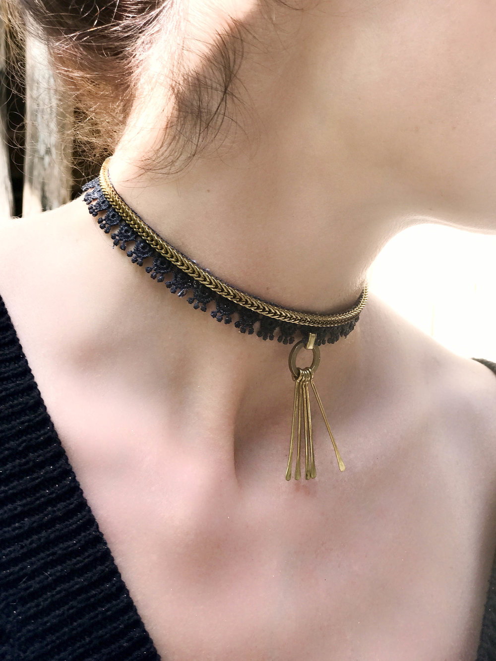 Tardust choker (click here for details)