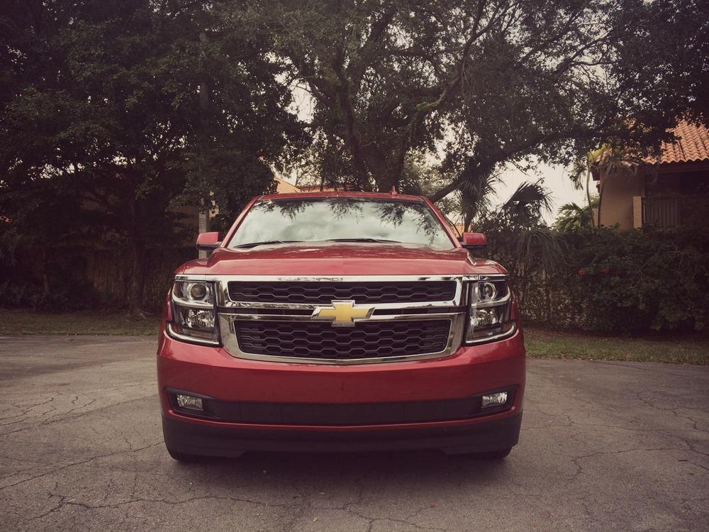 Chevrolet-Tahoe-2015-01.jpg