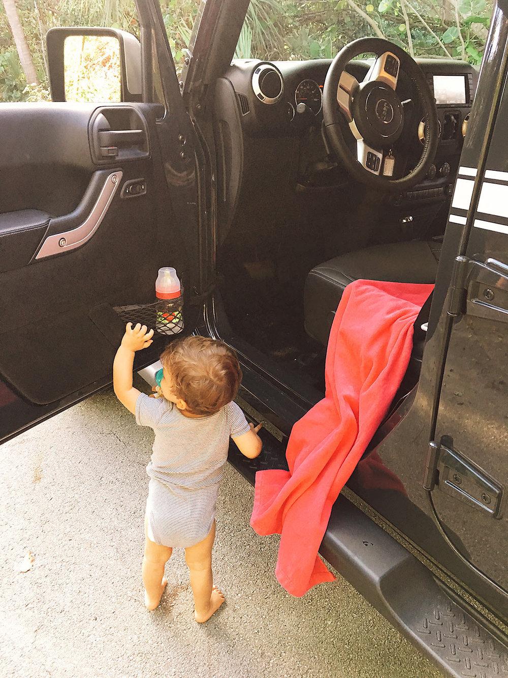 Jeep_Wrangler_Chief_2017_10.jpg