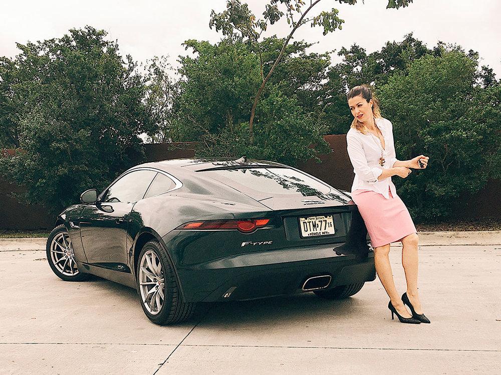 Jaguar_FTYPE_2018_02.jpg