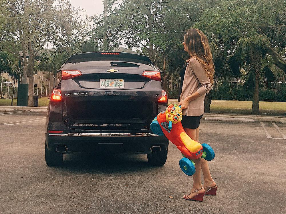 Chevrolet_Equinox_2018_09.jpg