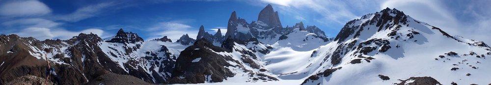 cerro_fitz_roy_panoramic.jpg