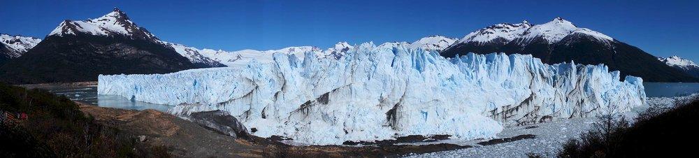 perito_moreno_glacier_pano.jpg