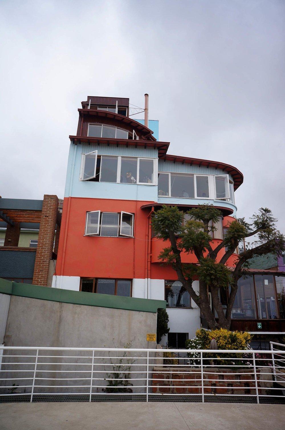 valparaiso_chile_pablo_neruda_house_la_sebastiana.jpg