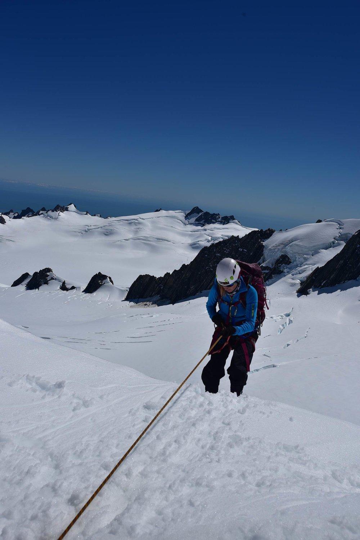 franz_josef_glacier_candice_abseil_mountaineering.jpg