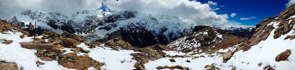 mt_cook_mueller_hut_hike_glaciers_peaks_pano1.jpg