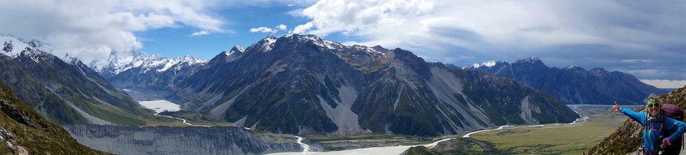 mt_cook_mueller_hut_candice_valley_mountains_pano.jpg