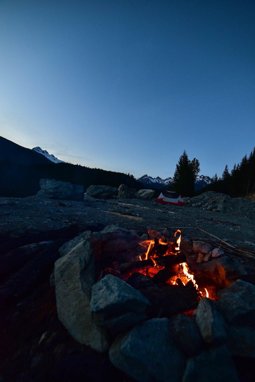 mamquam_forest_service_road_camping_campfire1.jpg