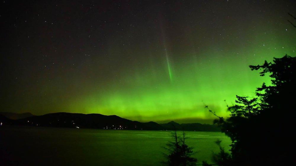 whytecliff_park_auror2.jpg