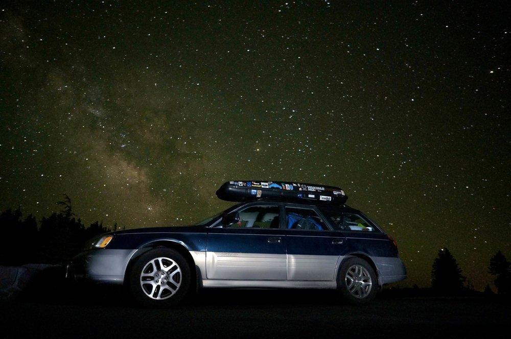 oregon_crater_lake_subaru_milkyway_night.jpg