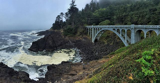 Rad old bridge just outside of Depoe Bay Oregon! Did some back and forth driving on it as the clouds blew off to a blue sunny sky. We had never done the Oregon coast before—we need to go back and really spend some time there. #oregon #oregoncoast #beoldlater #panamericanhighway