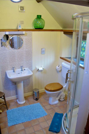 Self Catering Cottage Pembrokeshire - Shower