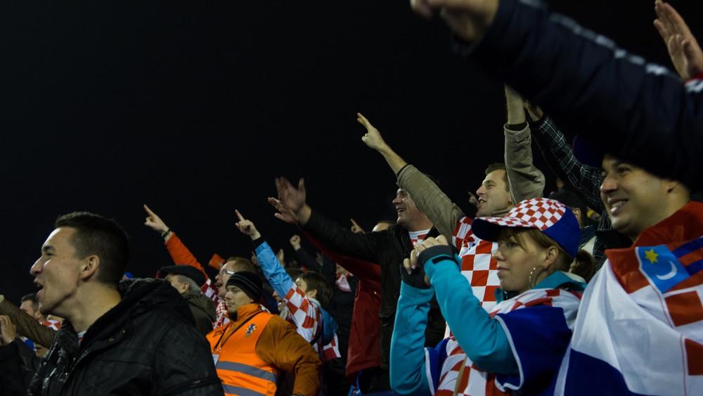 Fans chant the chant