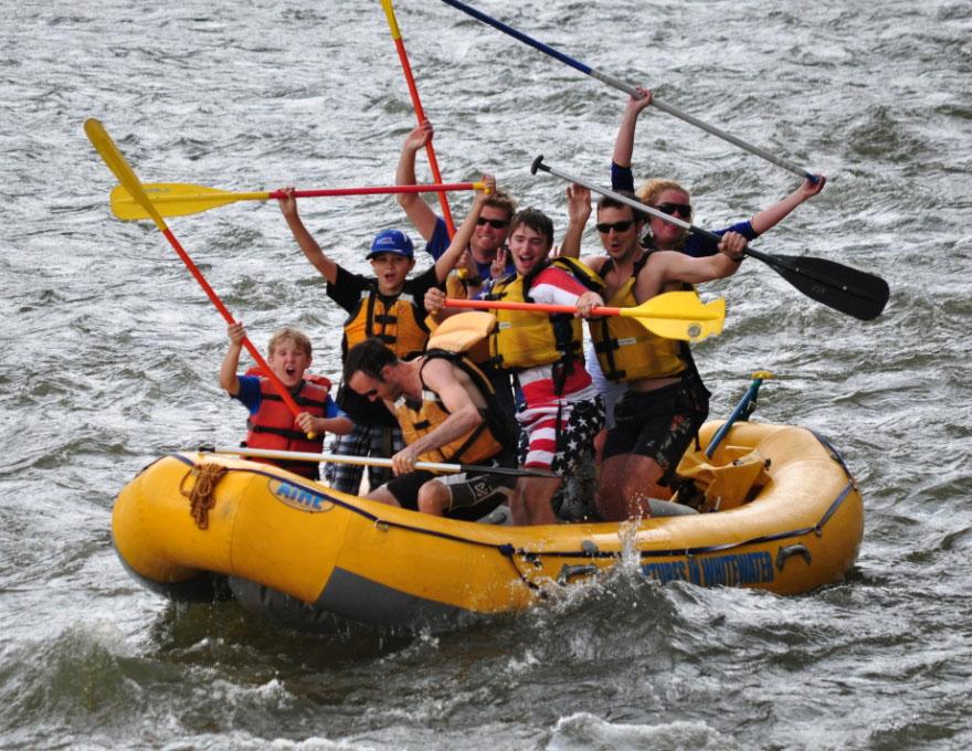Knights of Heroes campers rafting.