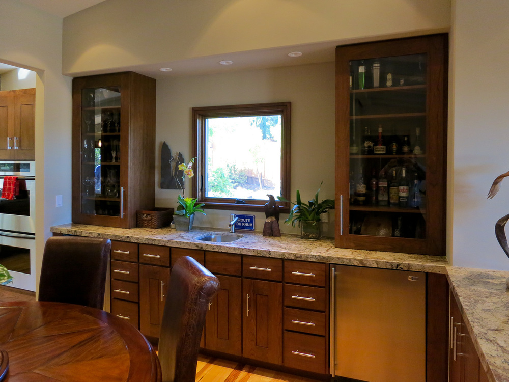 Wet Bar Off Kitchen