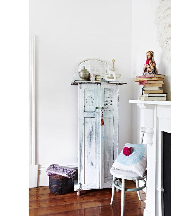 Julia-bedroomdetail.jpg