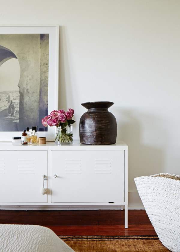 Cassie-bedroomdetail.jpg