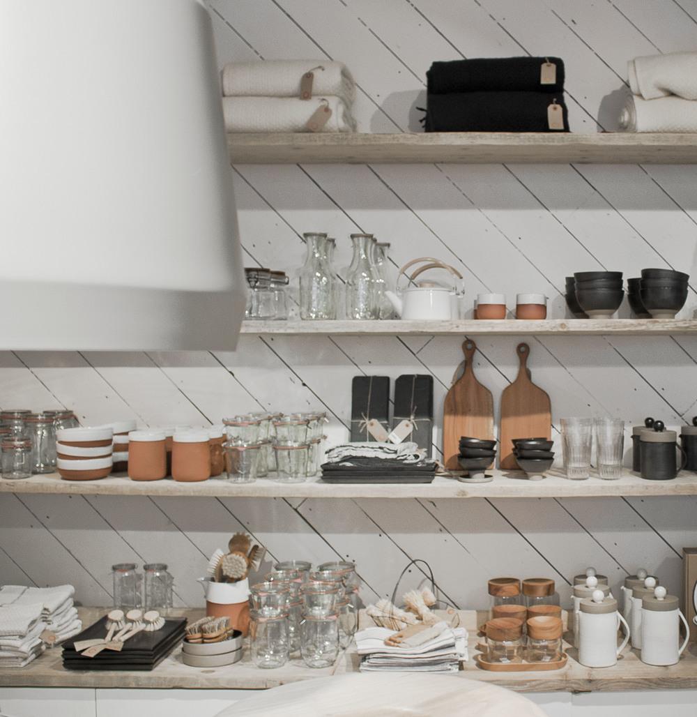 In Folklore store. • baraperglova.com/blog