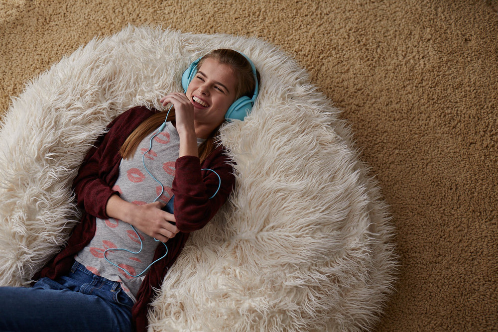 10_Audible_Chris Sanders_Bean Bag_0160.jpg