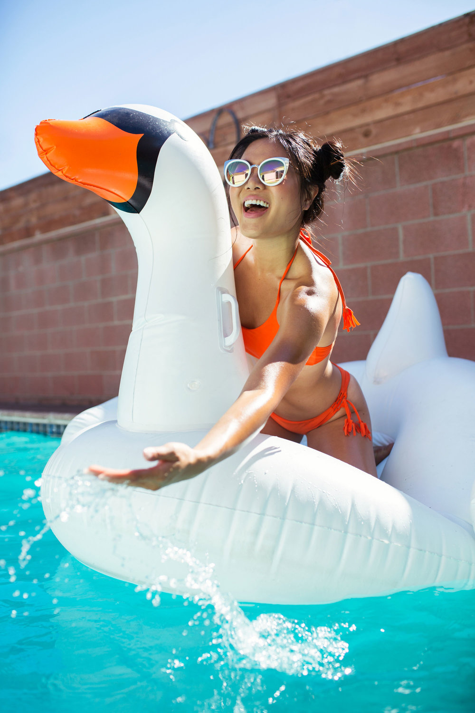 Web-Swim-Jennie2.jpg