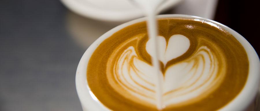 Latte art - Barista Dritan Alsela