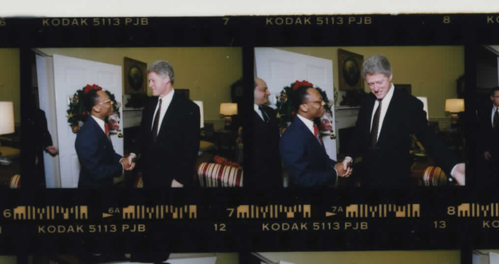 President Clinton and Jean-Bertrand Aristide in the Oval Office on December 6, 1993 (Photo sheet: P010491)