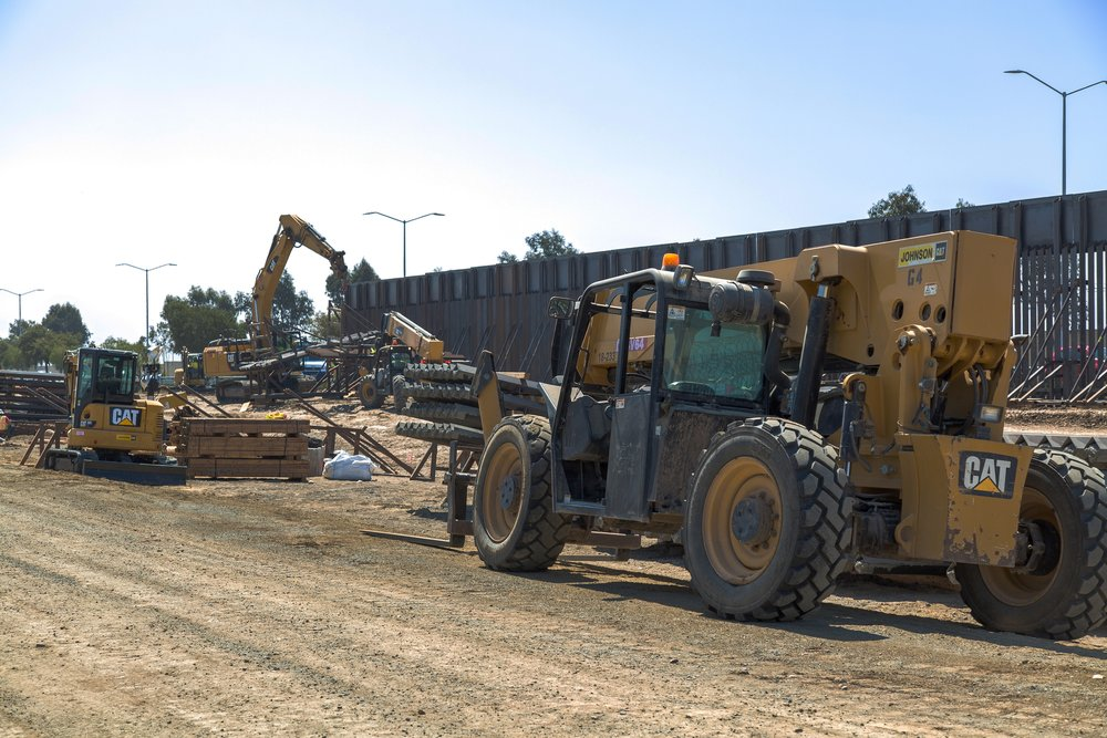 "Caption from CBP: ""Construction workers putting up new wall at the border located at the Chula Vista Area of Responsibility, California, on June 19, 2018."""