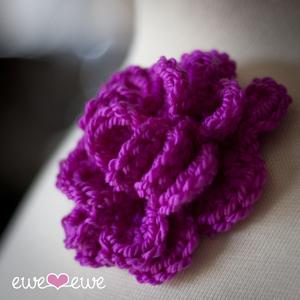 Crochet Pattern: Fall Flower Pin - Crochet Spot   Blog