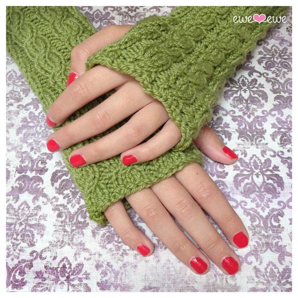 Quick Cable Wrist Warmers Knitting Pattern Ewe Ewe Yarns