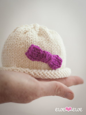 FREE Pattern: Hello Preemie! baby hat knitting pattern