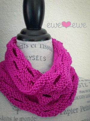 FREE Pattern! A light spring cowl with tons of sass.