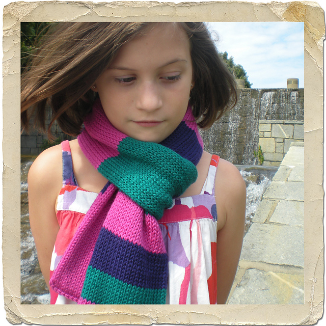 I Luv Ewe Ewe Scarf free knitting pattern by Donna Higgens, Heirloom Stitches