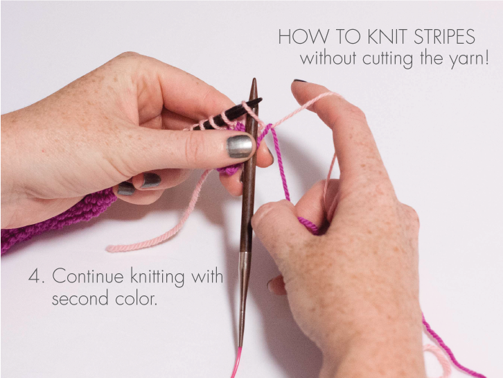 Knitting stripes without cutting the yarn