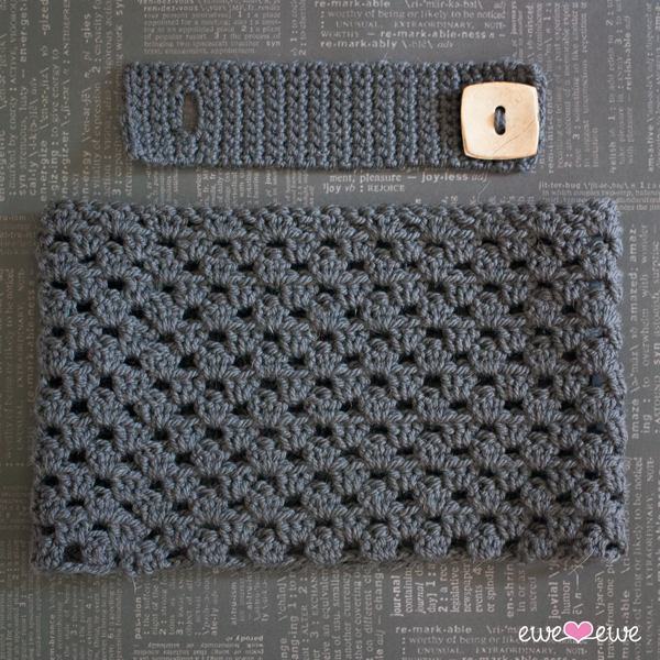 Dewey Decicowl Free Crochet Button Cowl Pattern Ewe Ewe Yarns