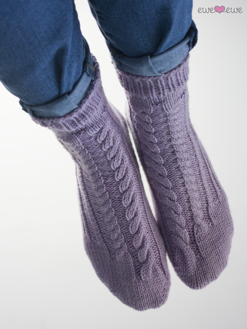 Respectfully Twisted socks by The unapologetic Knitter got an upgrade! There's a new pattern layout, clearer photos, and more details.  See the pattern now >